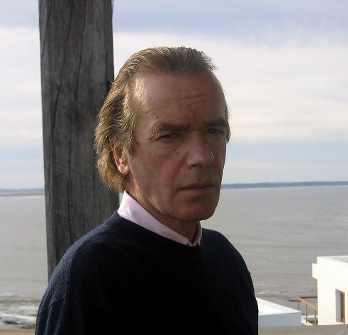 Martin Amis, REBIS